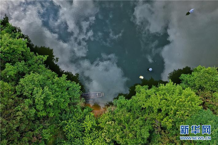 航拍黄山深渡镇山水画廊新安江
